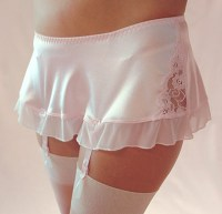 4 strap garter belt skirt with thiong in pink